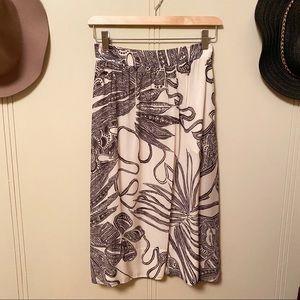 THEORY | 100% Silk Skirt Cream with Black Flowers